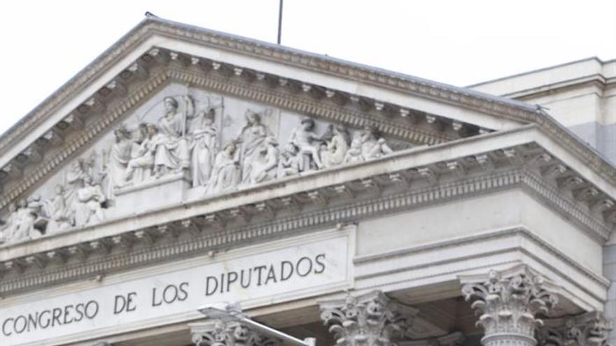 Puigdemont dice que el suplicatorio de Homs pone más obstáculos al diálogo