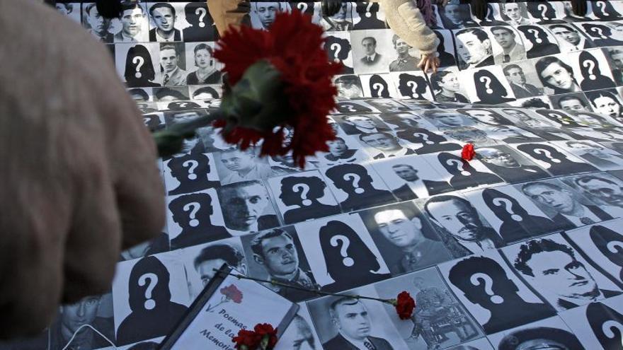 Homenaje a desaparecidos del Franquismo.