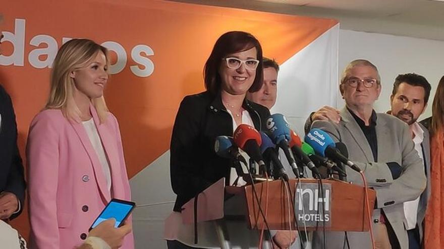 Ana Martínez Vidal, portavoz del Gobierno regional, e Isabel Franco, consejera de Mujer, Igualdad y LGTBI en Murcia / CIUDADANOS MURCIA