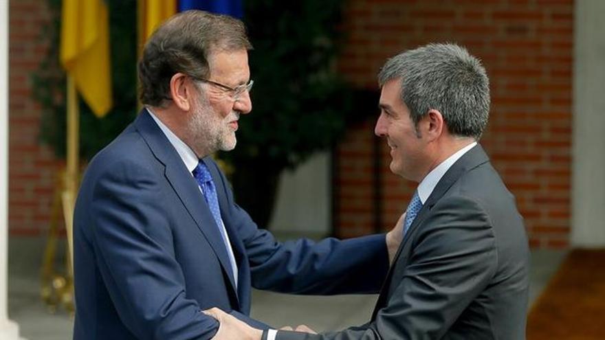Clavijo visita a Rajoy en el palacio de La Moncloa, en Madrid