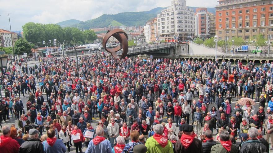 """Pensionistas vascos y navarros multiplicarán protestas en otoño y darán """"un salto cualitativo"""", junto a otros colectivos"""