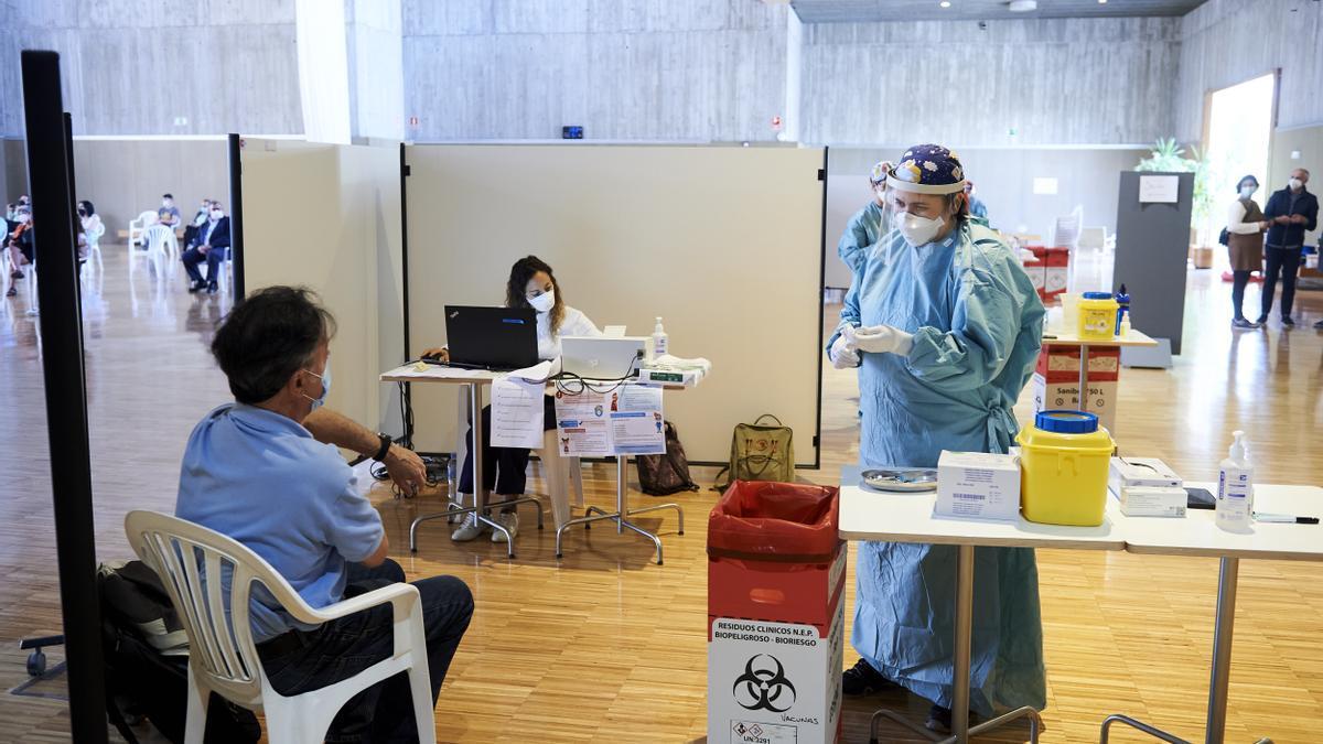 Vacunación contra la COVID en Cantabria.