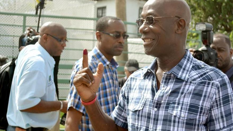 Keith Rowley asume el poder como primer ministro de Trinidad y Tobago