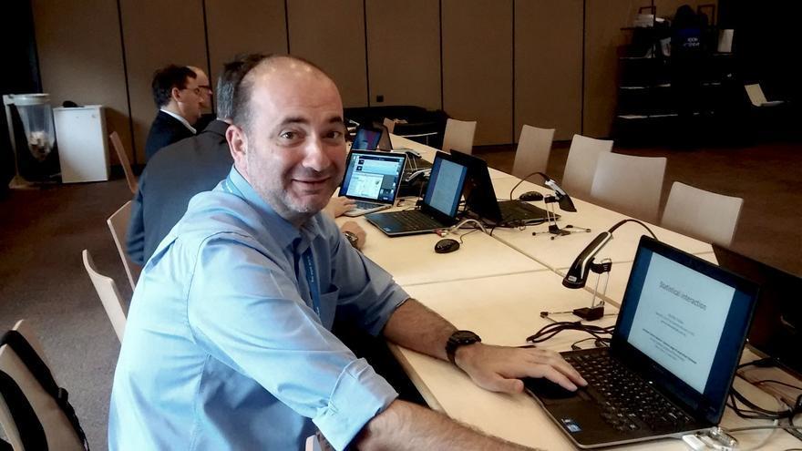 El investigador del IDAEA, Aurelio Tobías