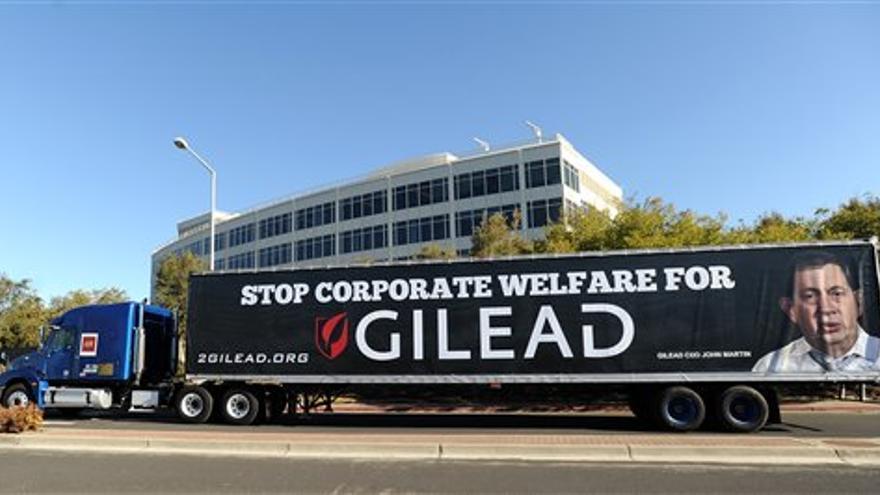 Una protesta contra el alto coste de los tratamiento de Gilead.jpg