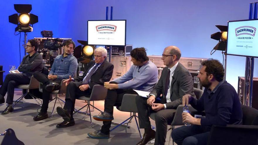 Directivos de la organización de 'Showrunners: Aula de Ficción', entre ellos Paolo Vasile, en el centro de la imagen