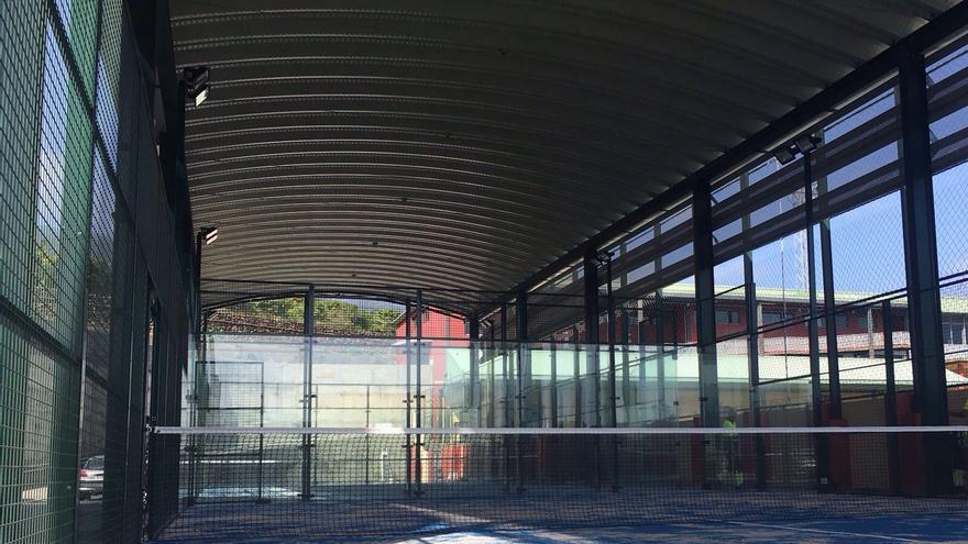 Las pistas de pádel cubiertas serán inauguradas el viernes.