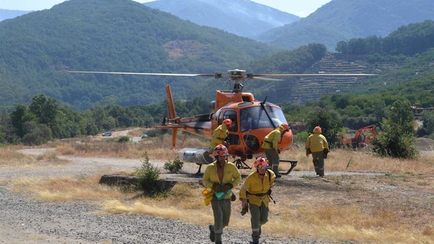 Declarado un incendio en Tornavacas, próximo al que sigue activo en Jerte