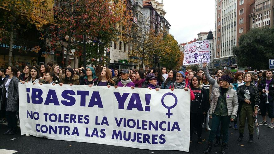 Manifestación en Santander contra la violencia machista.