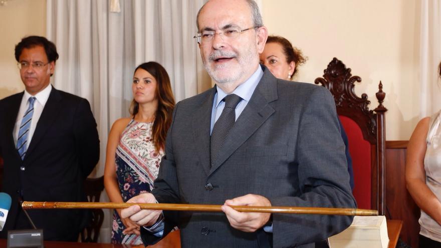 José Ramón León, tras la entrega del bastón de mando del Ayuntamiento de Icod