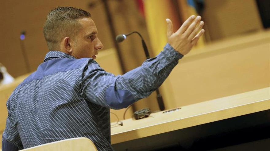 Un momento del juicio que se sigue en la Audiencia de Las Palmas contra un soldado para el que se piden ocho años de cárcel por homicidio.