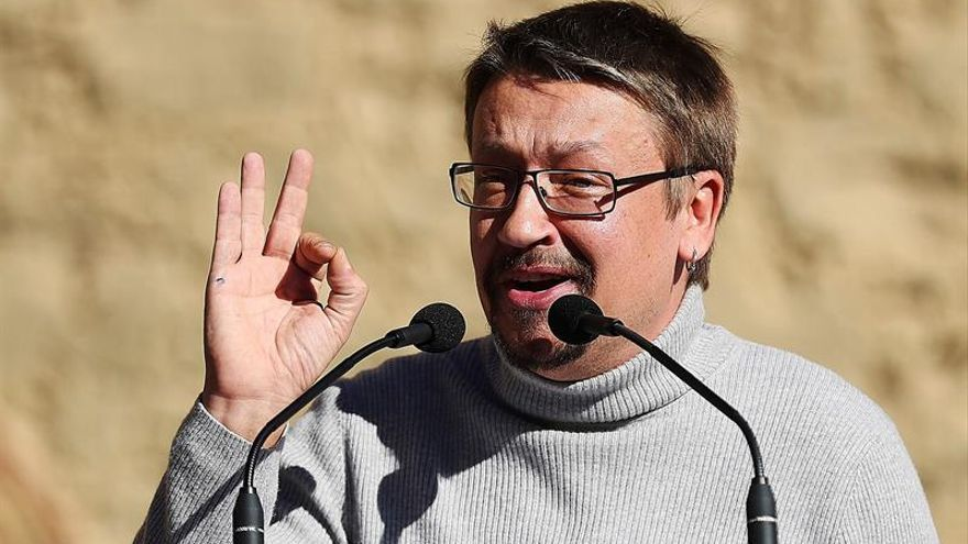 """Domènech avisa a Cs y JxCAT: """"Abstenernos nunca, hemos venido a echarlos"""""""