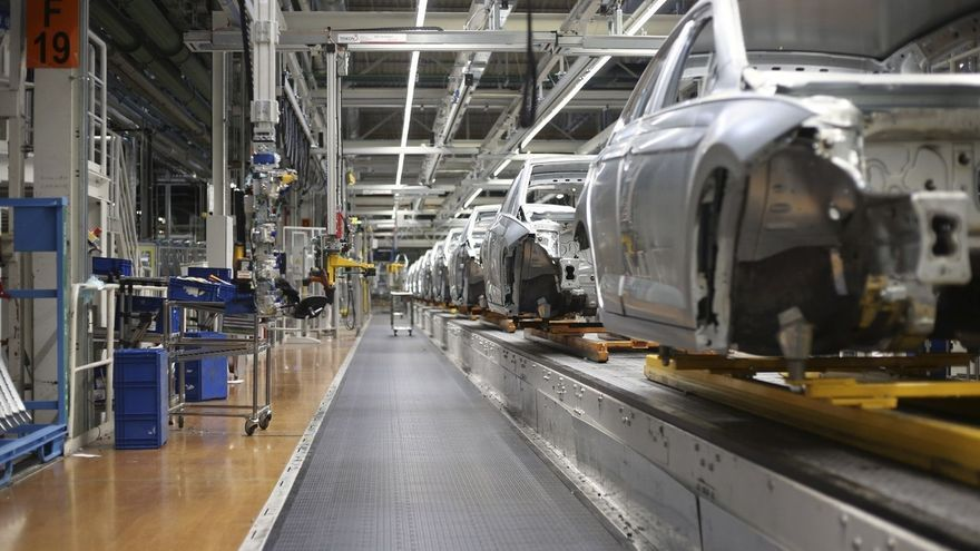 Volkswagen Navarra realiza 157 trabajos en la parada de Navidades con una inversión de 26,5 millones