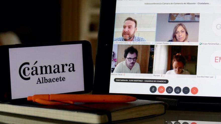 Videoconferencia de Ciudadanos con representantes del sector comercio en Albacete