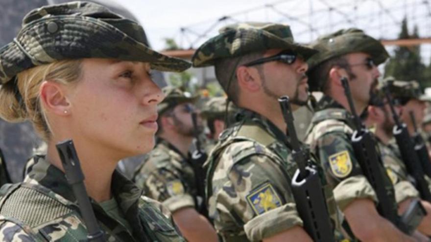 Imagen de archivo de unos militares del Ejército de tierra