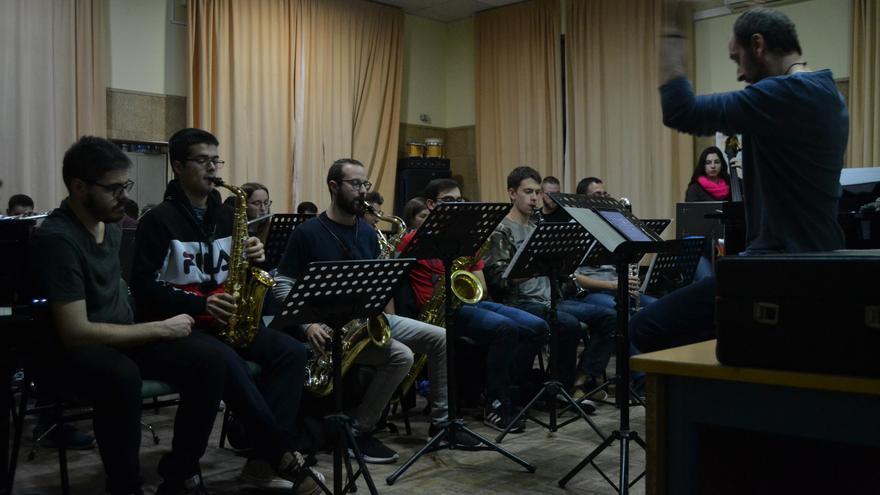 Aulas sin insonorizar o instrumentos viejos: el Conservatorio de Málaga muestra la precariedad de la ...