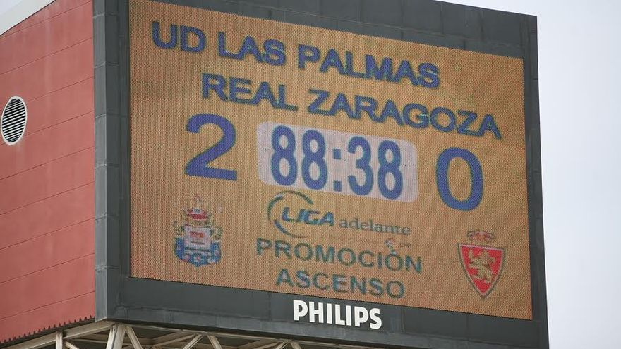 Marcador en el Estadio de Gran Canaria.  (ALEJANDRO RAMOS)