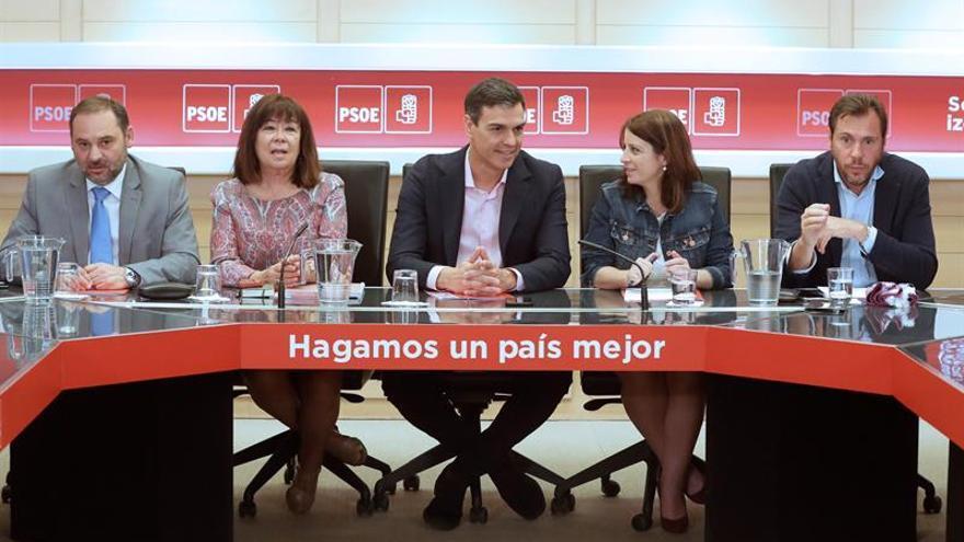 Sánchez asegura que el PSOE está volcado en afrontar retos de la nueva etapa