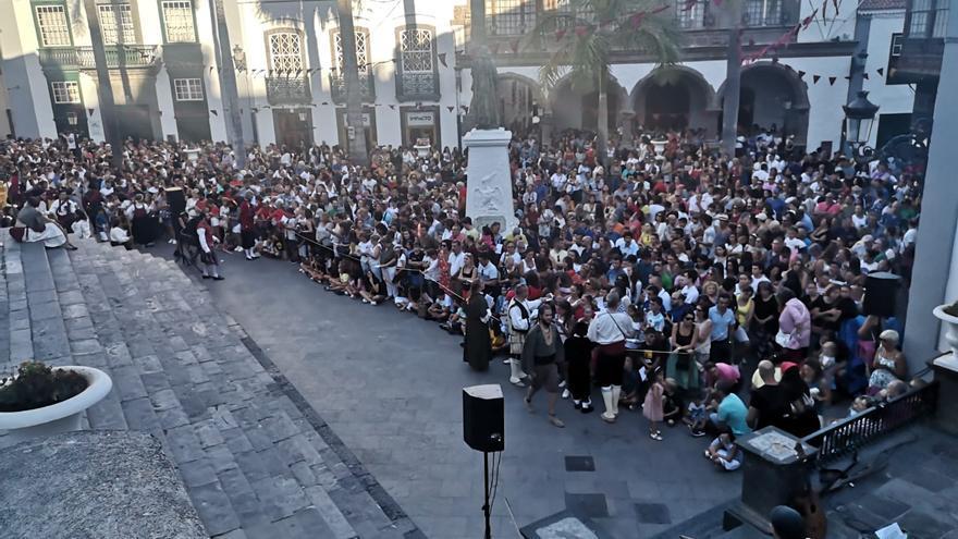 Escenificación en la Plaza de España.