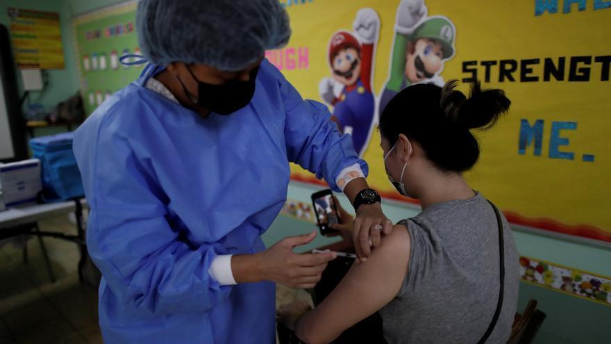 Panamá con estabilidad hospitalaria por la activa inoculación contra la covid-19