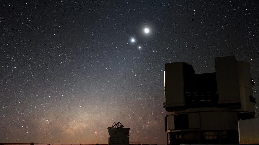 la conjunción de la Luna, Venus y Júpiter fu uno de los grandes eventos del pasado año. European Southern Observatory
