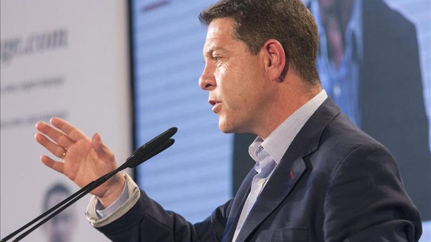 """García-Page se pregunta """"¿en qué país vive Rajoy? Del paro habla casi toda España"""""""