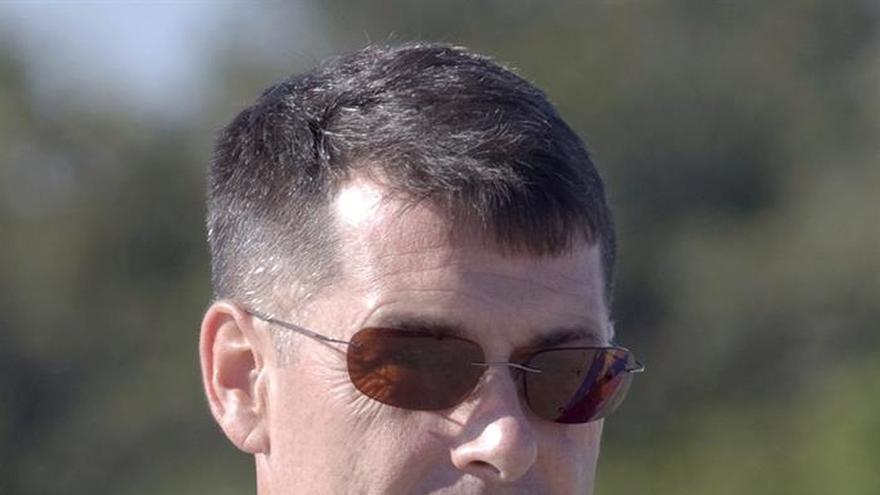 El astronauta estadounidense Shane Kimbrough vota desde el espacio