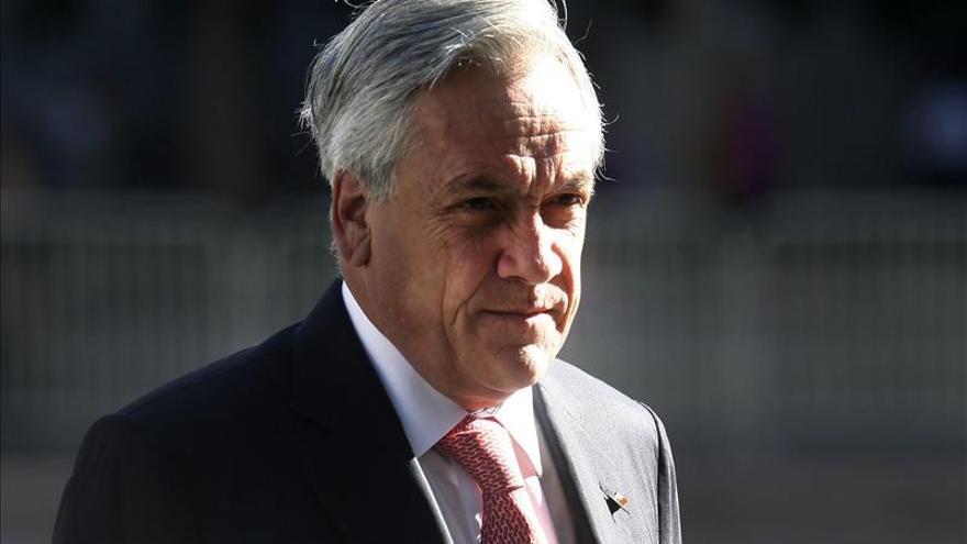 """Piñera da """"urgencia"""" al reconocimiento constitucional de los pueblos originarios"""