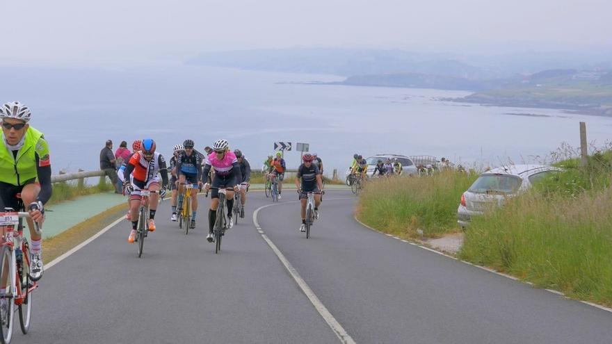Los 10.000 del Soplao celebra este sábado la prueba de ciclismo en carretera con más de 1.700 participantes