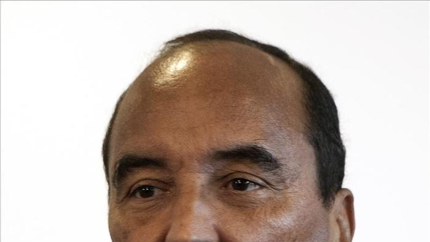 El presidente mauritano confirma el hallazgo de gas en una zona marítima junto a Senegal