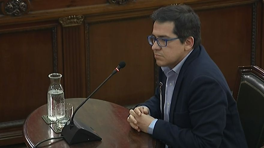 El vicepresidente segundo del Parlament, José María Espejo Saavedra, declara en el Supremo