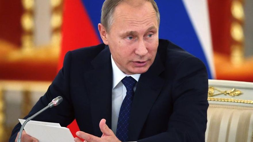 Putin destaca el papel de la Armada rusa en la lucha contra el terrorismo