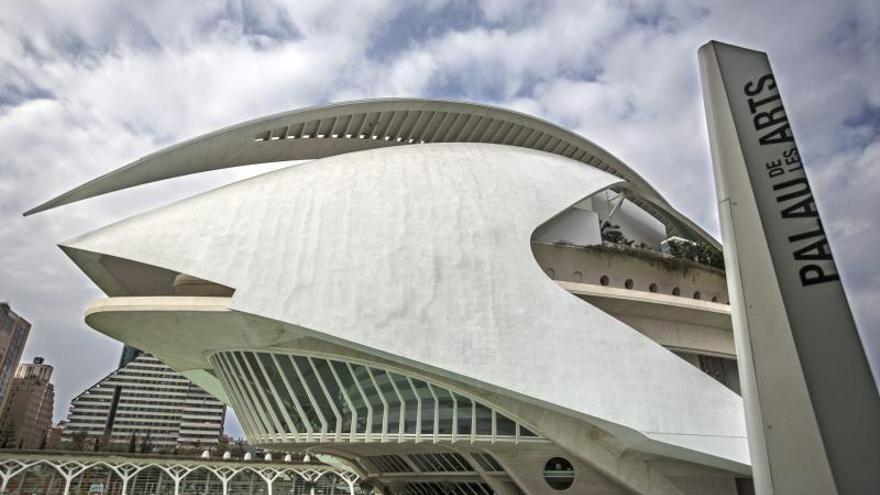 """El Palau de les Arts recuperará """"Manon Lescaut"""" para minimizar las pérdidas"""