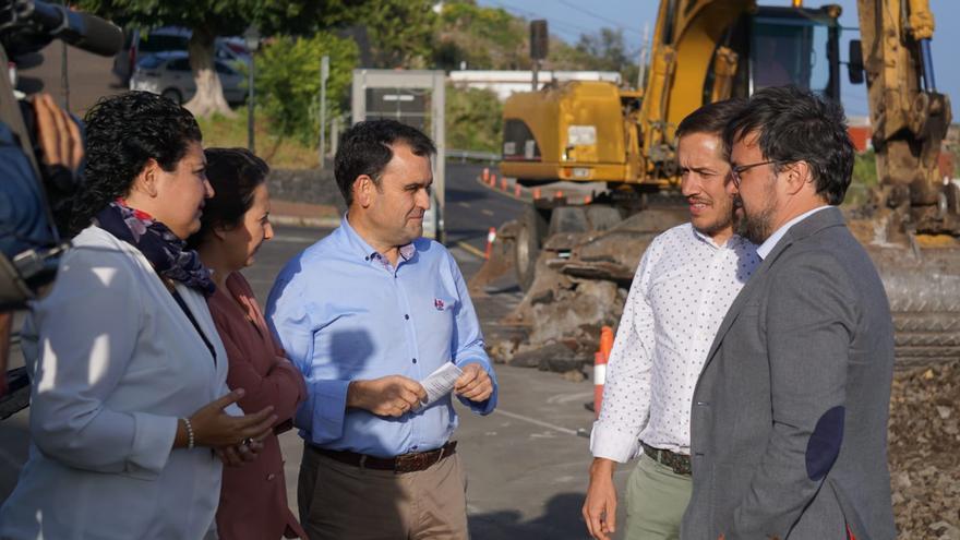 Asier Antona y otros dirigentes del PP, este jueves, en Villa de Mazo.