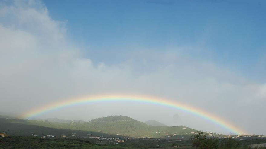 Arco iris en el municipio de Mazo.