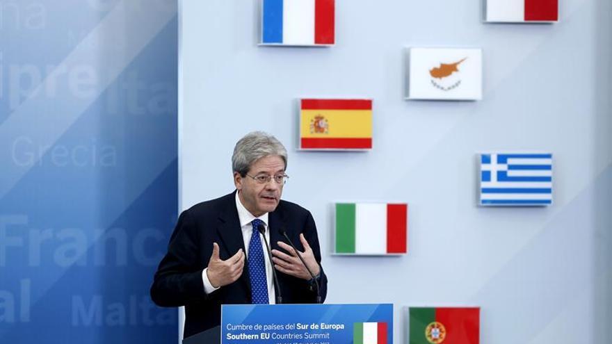 Gentiloni: la UE debe conciliar el éxito macroeconómico y la dimensión social
