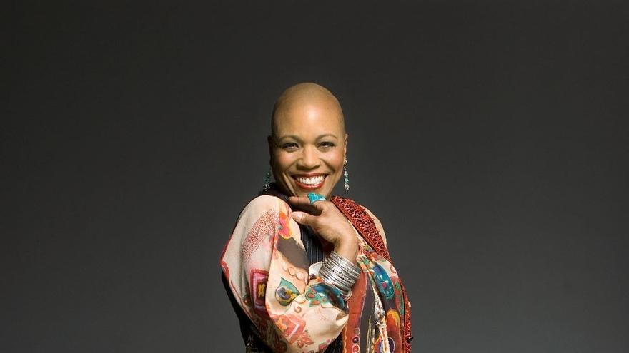 La vocalista Dee Dee Bridgewater actuará este lunes en el Festival de Jazz de Getxo (Bizkaia)