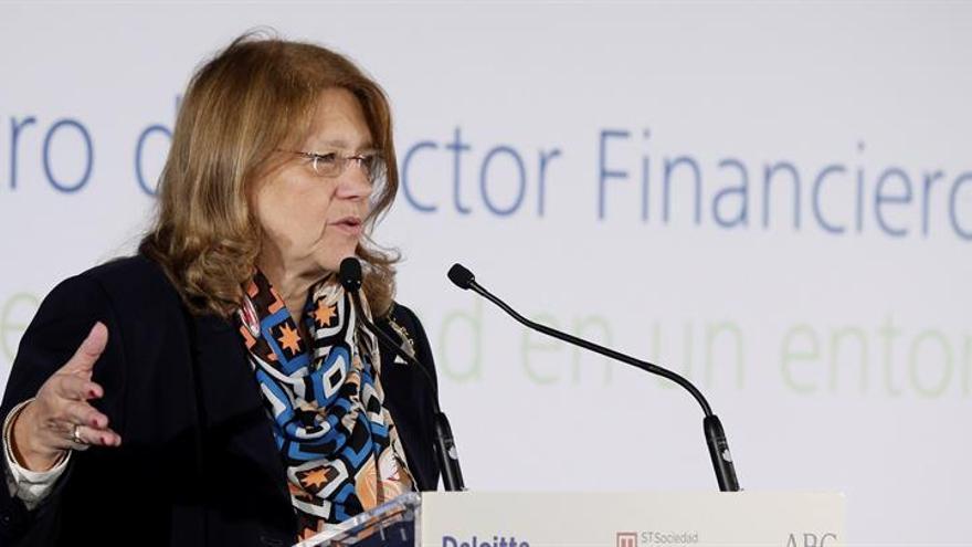 La CNMV advierte sobre tres chiringuitos financieros de Reino Unido y Malta