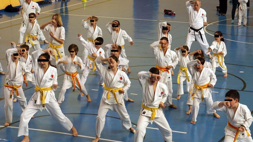 Detalle de la ceremonia de la JKA Cantabria del sábado pasado.