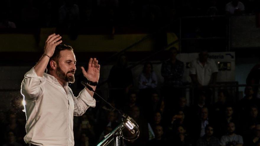 Santiago Abascal en un mitin en Murcia