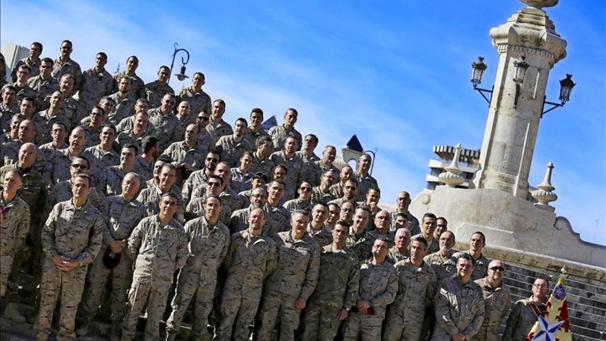Valencia da la bienvenida a los militares que han regresado de Afganistán