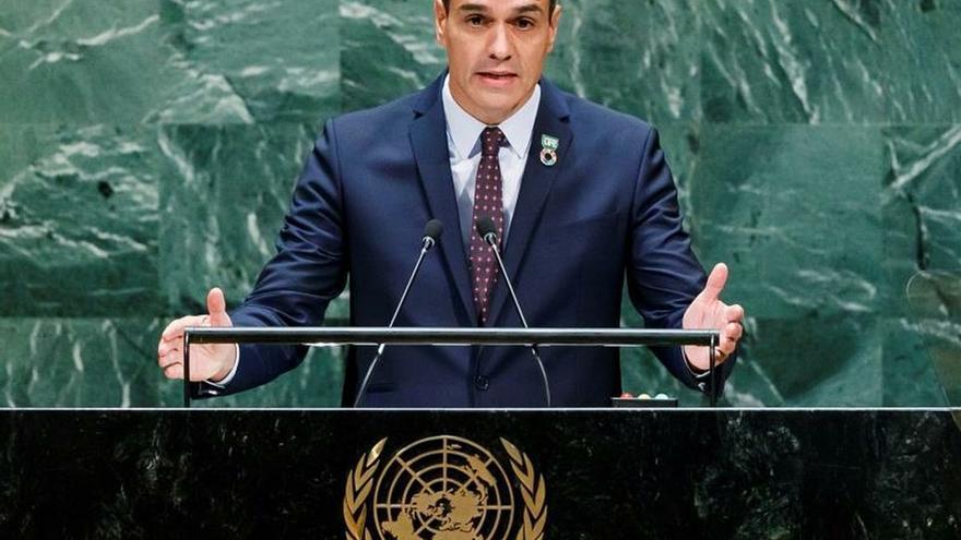"""Sánchez subraya que la exhumación de Franco """"cierra el círculo democrático"""""""