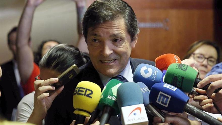 Javier Fernández reitera que sólo hablará en los órganos del partido