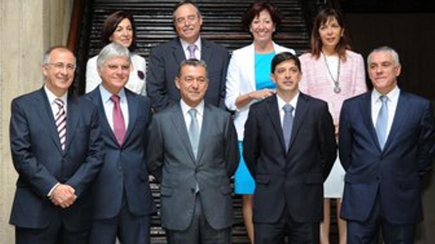 El Gobierno ''fuerte'' de Rivero se pone en marcha