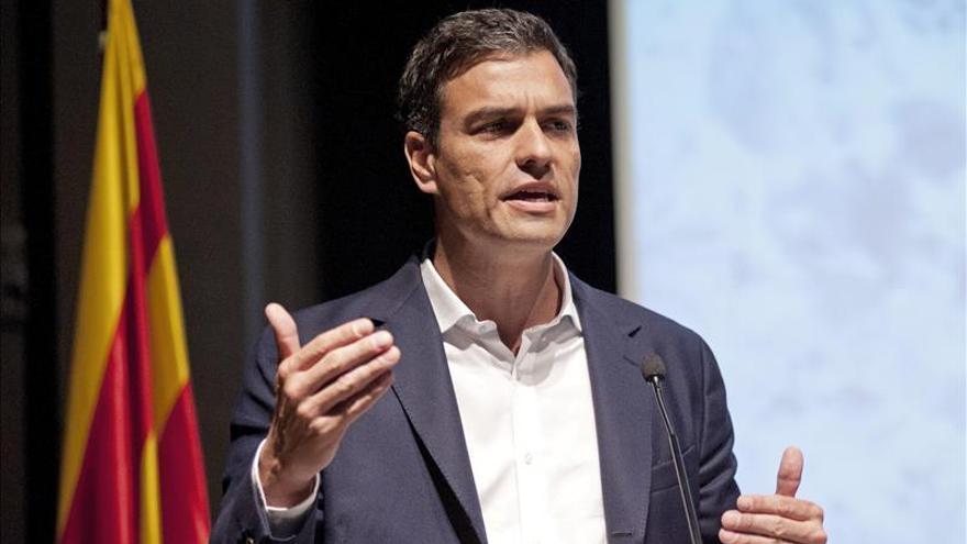 """Pedro Sánchez se ofrece como """"aliado"""" para la transformación a una España federal"""