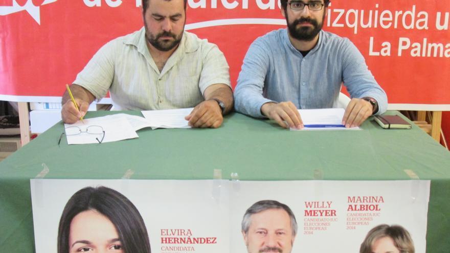 En la imagen, Jesús Besay Rodríguez y Felipe Ramos, este viernes.