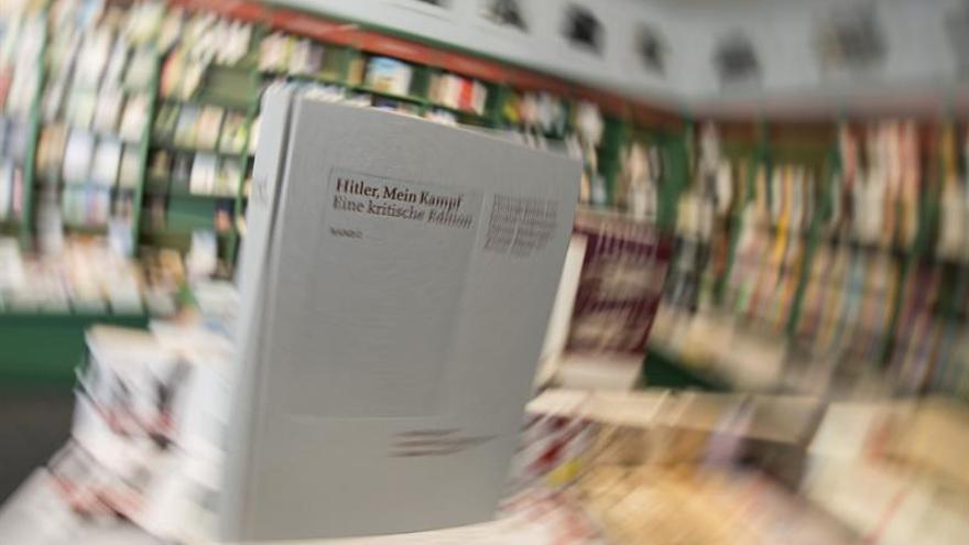 El Mein Kampf de Hitler, de libro prohibido a curso especializado en Holanda