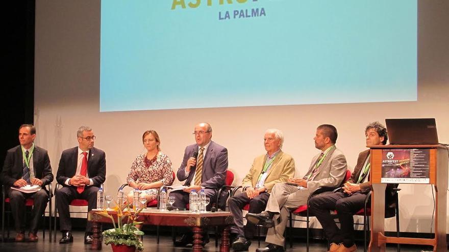 Francisco Sánchez (tercero por la derecha) asistió a la II Conferencia Internacional de Astroturismo.