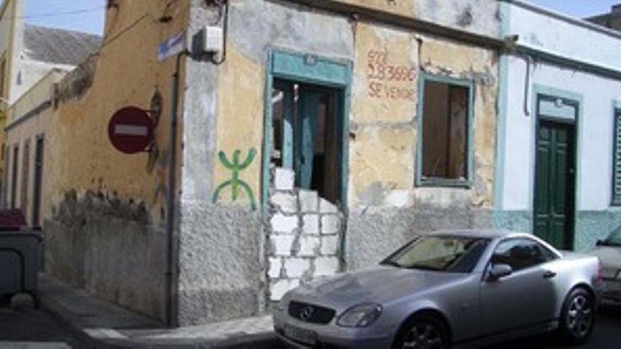 Una de las viviendas abandonadas en El Toscal.