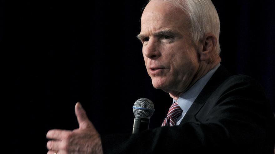 John McCain, durante un mitin en Des Moines, Iowa